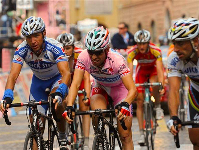 Andrea Tonti ciclista professionista
